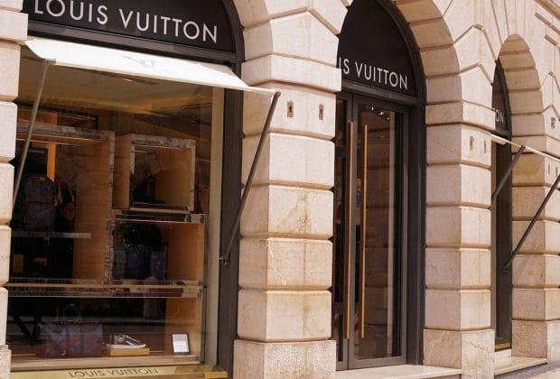 Acheter des produits Louis Vuitton